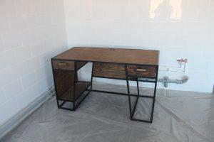 лофт стол в офис