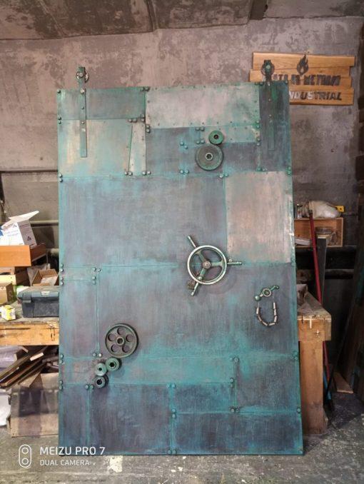 loft-industrial-door