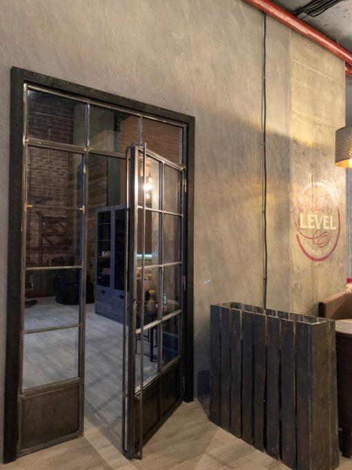 перегородки и двери лофт