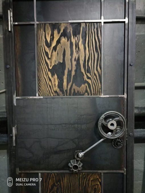 лофт дверь
