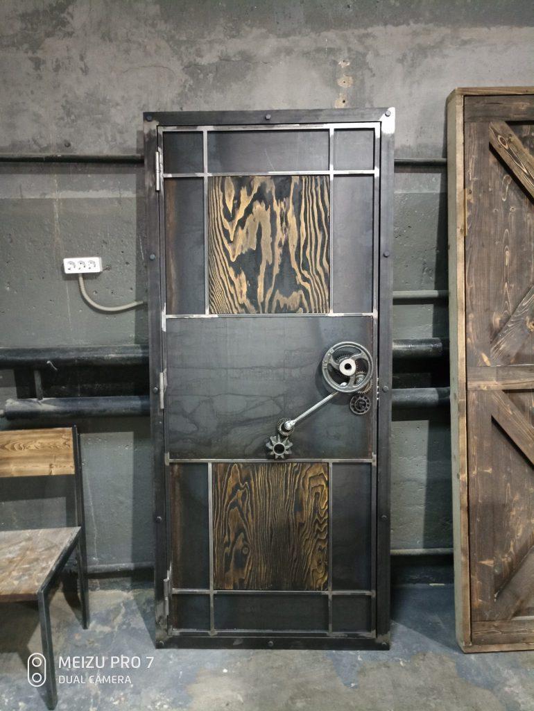 индустриальный лофт дверь на заказ