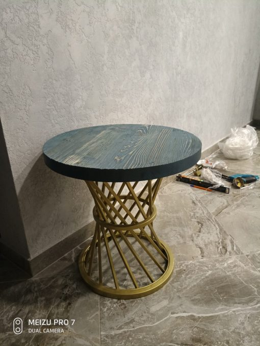 table loft style