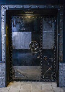 dver-v-stile-steampunk-art