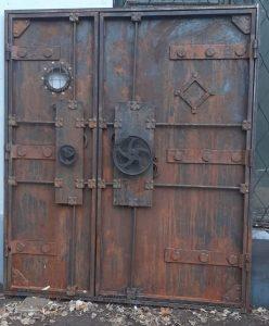 дверь-из-стали-стимпанк