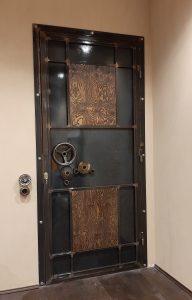 дверь-лофт-стимпанк