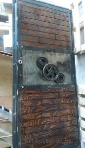 Дверь-индустриальный-лофт