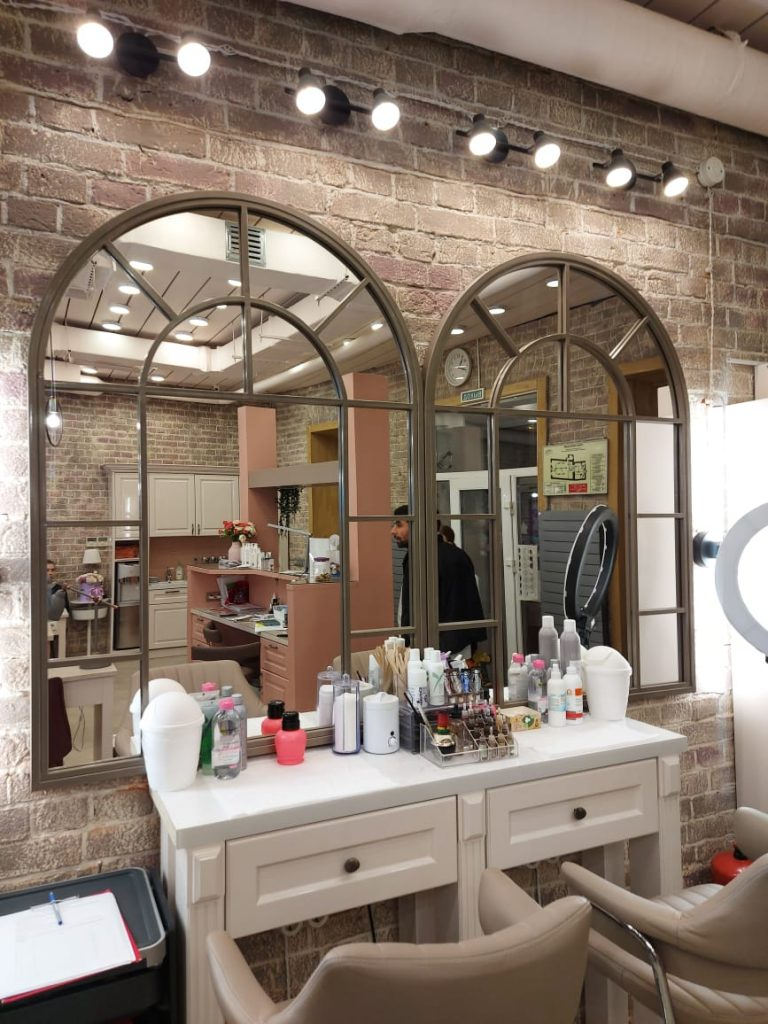 зеркала в стиле лофт