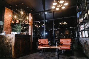 мебель и декор для барбершопа