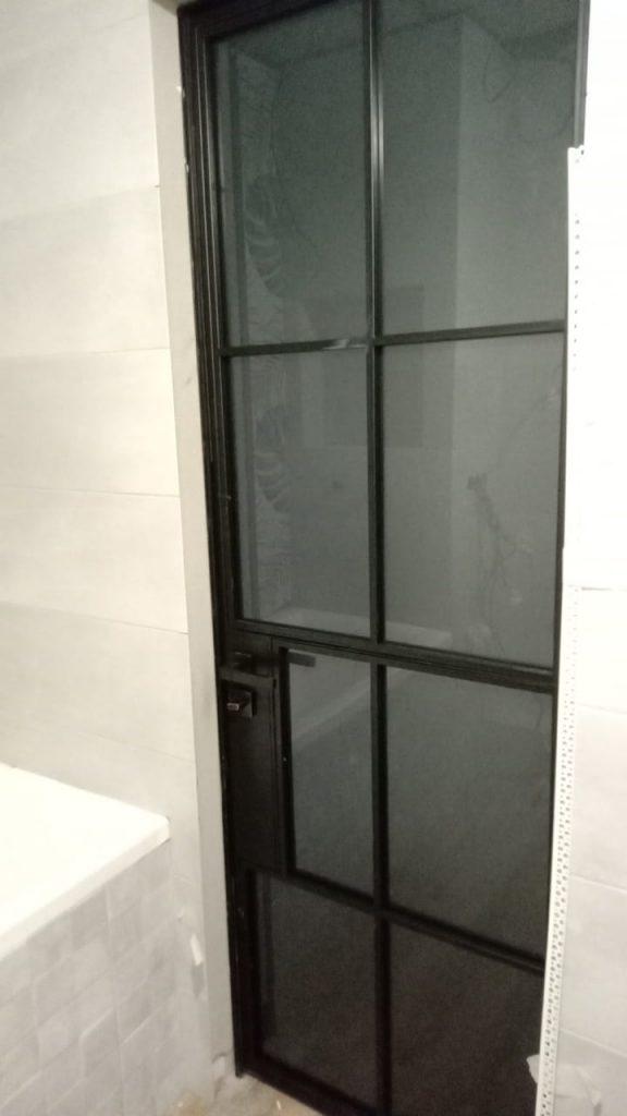 запираемые двери лофт